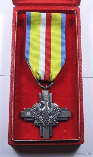 Польша. Крест За битву под Ленино 1943 (Krzyz Bitwy pod Lenino) в родной коробке
