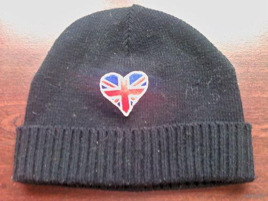 Шапка тёплая с английским флагом)