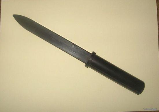 Нож резиновый тренировочный (или комплект).