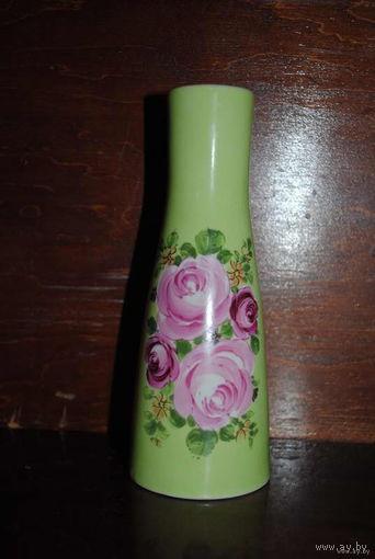 Фарфоровая Интерьерная Ваза/Vase из GDR, производство Germany, высота 18 см. Фарфор, деколь. Германия/No изделия 11808.