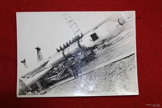 Космический корабль. Размер 13 см на 18.5 см.