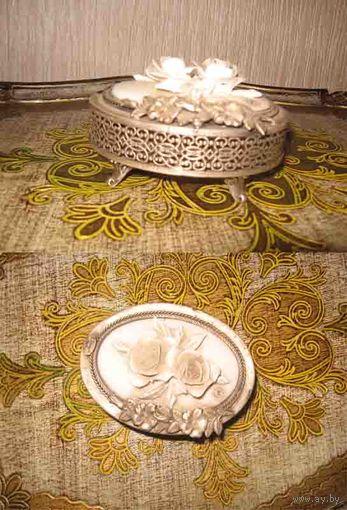 Антикварная фарфорово-посеребрёная шкатулка, Италия, начало 20 века.