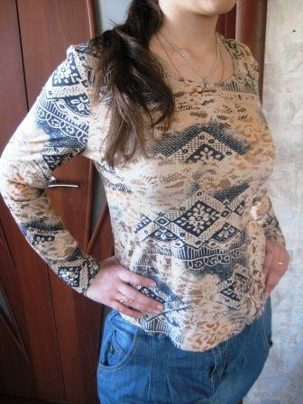 Блуза с наколками