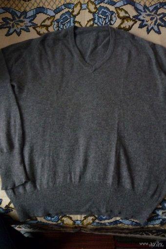 Мужской темно-серый свитер, р. 50-52, ангорка (Германия)