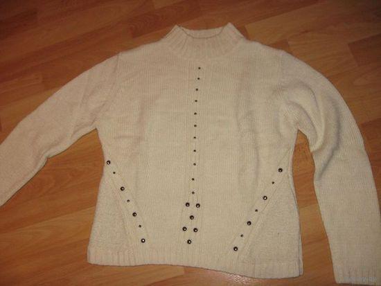 Тёплый свитер, р-р 44