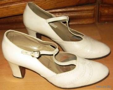 Туфли белые, нат. кожа 37-38 рр