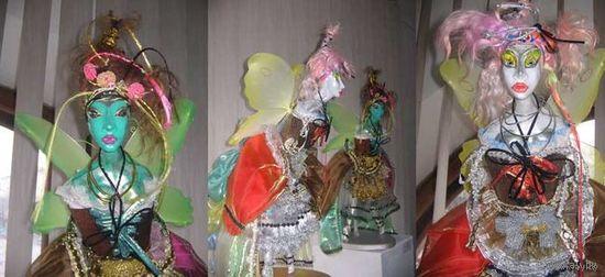 """Авторские Куклы-БАБОЧКИ-""""Сара и Зара""""-Ед./Экз.-Неповторим ая отливка из фарфора-В своём стиле и дизайне-Цена указанна за обе куколки сразу же. Куклы имеют упаковку и подставки-!"""