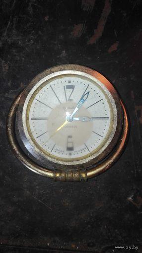 Часы будильник СЛАВА СССР