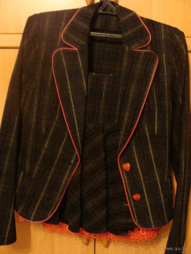 Костюм женский, р.46, пиджак+юбка