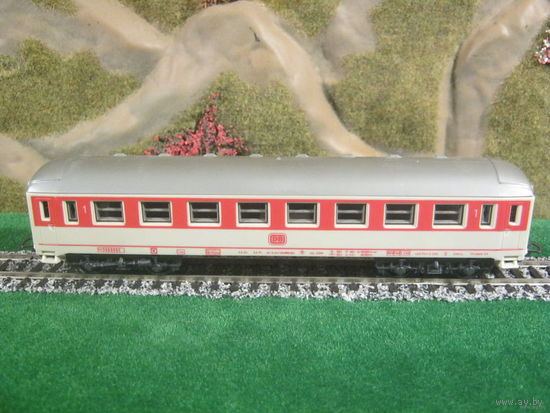 Пассажирский вагон LIMA 4-х осный(1).Масштаб HO-1:87.