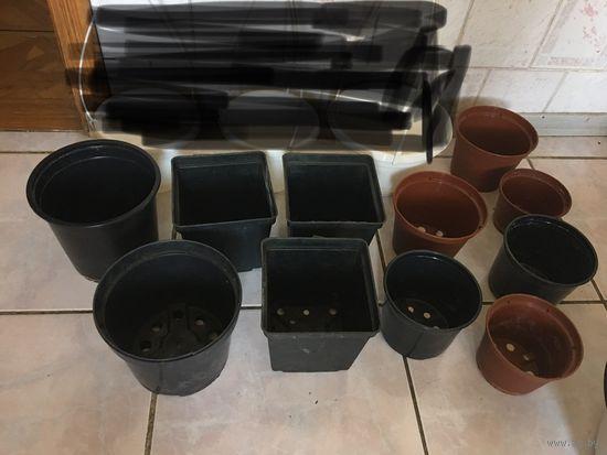 Горшки цветочные  9 шт ( коричневые и чёрные)