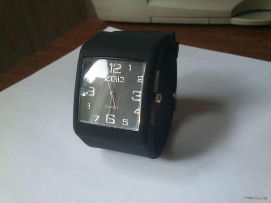 Стильные часы - браслет в спортивном стиле. Новые, в Минске!