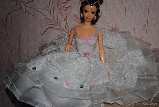 "Продам новое ПЛАТЬЕ для куклы Барби: ""ШОПЕНИАНА"" - машинный самошив, сидит весьма аккуратно. Сама кукла, как и её головной убор в стоимость не входят. Пересыл по почте платный!"