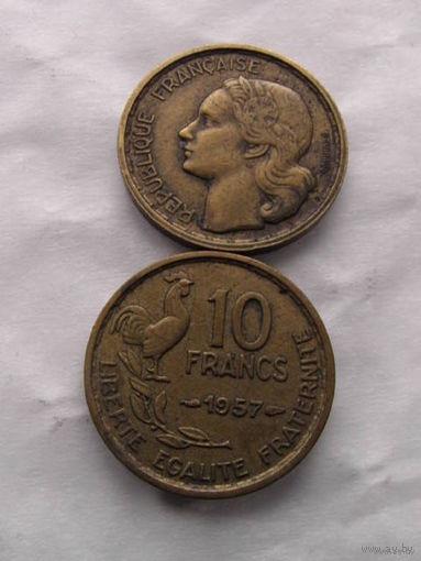 10 франков Франция 1957 г.в. с петухом   распродажа
