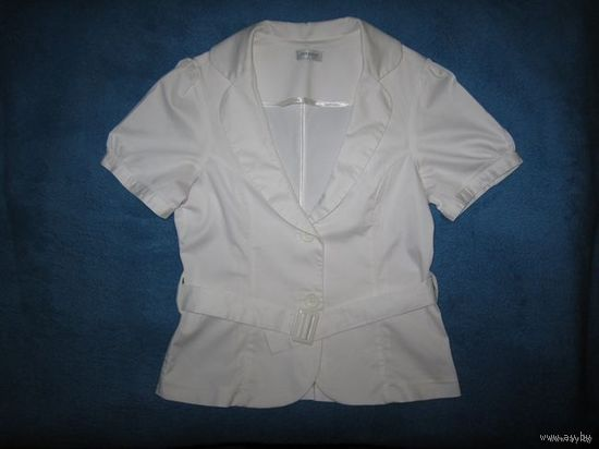 Летний белый пиджачок Orsay, р.46