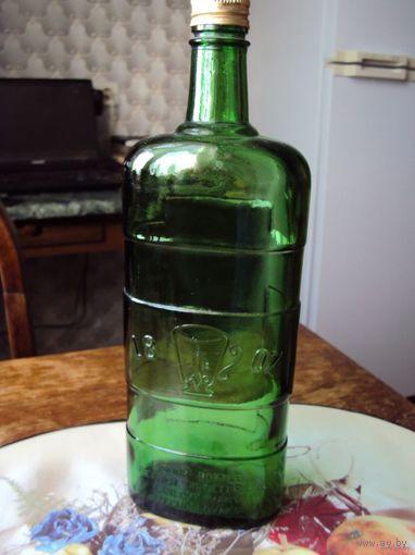 Бутылка.