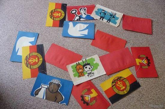 Гирлянда из бумажных флажков (15 штук) (ГДР)